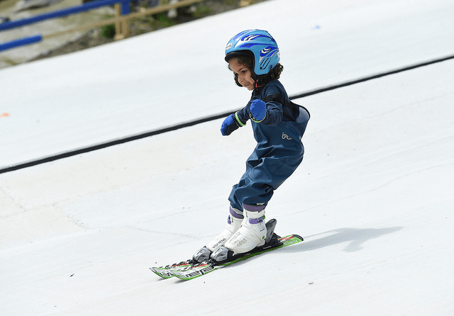 Child skiing at The Hill - Ski Rossendale